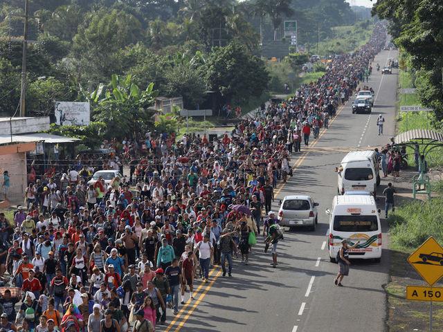 migrantcaravan.jpg